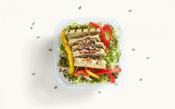 Salat mit Maultaschenstreifen